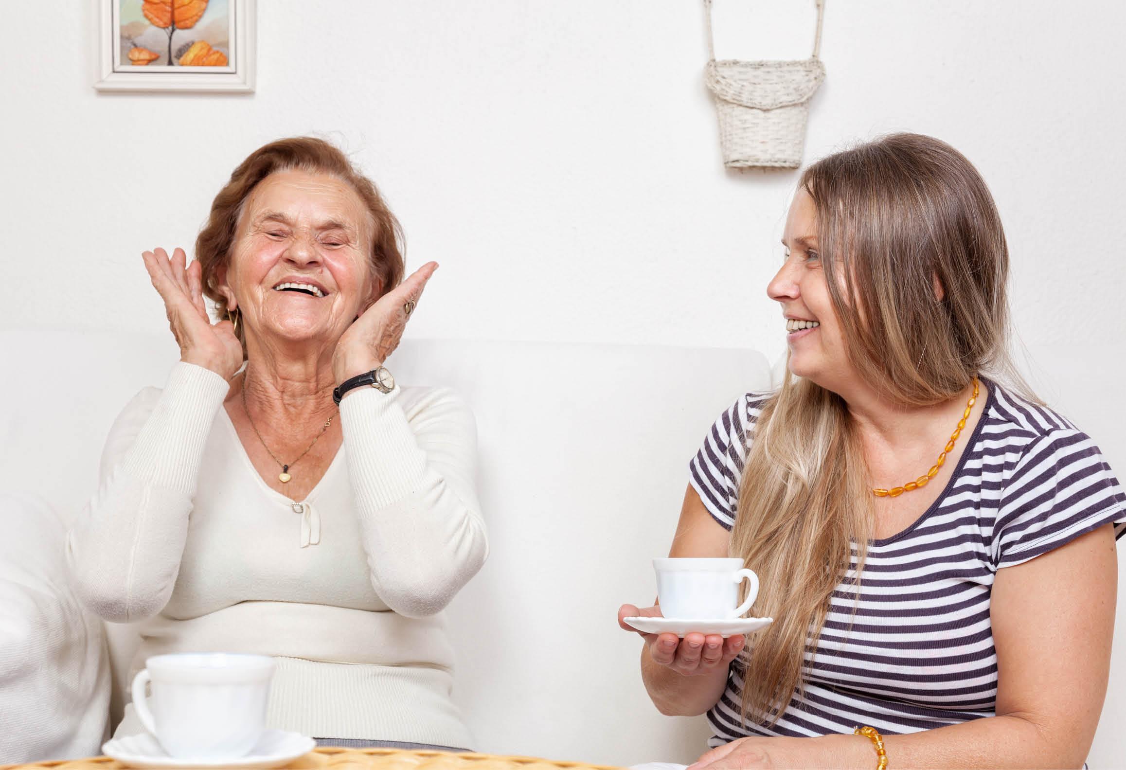 Fikastund på äldreboende